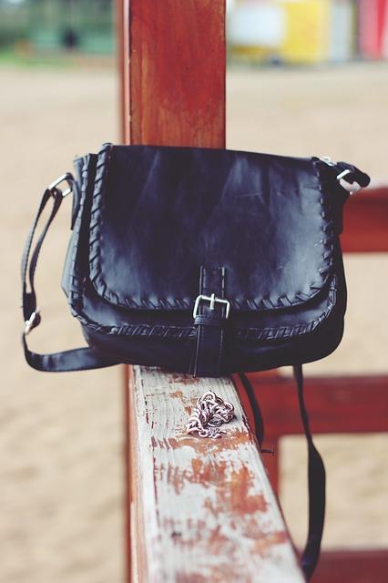 handbag-791978_640